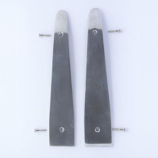 Trim protector rh 4/4 4str 1972-6/97 - polished aluminium (fits to door catch...