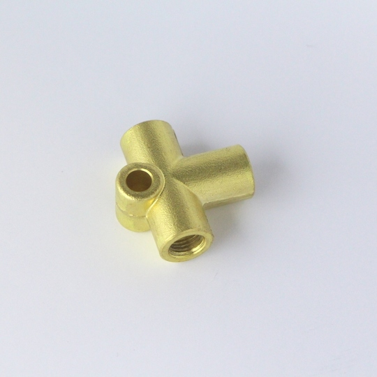 3 way brass union (fits on rear axle)