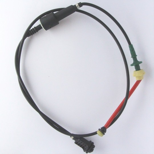 Throttle cable for 4/4 1997-9/2000