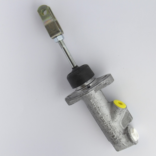 Clutch master cylinder for +4 1985 on, 4/4 1966-71 & 1997 on, & +8 1974 on
