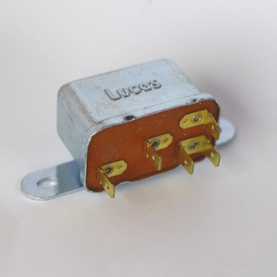 Bulkhead relay +8 1968-82