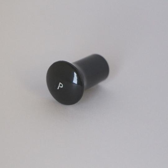'P' knob black 1961-68