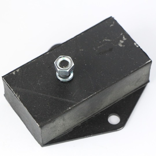 Engine mounting - rubber +4 (uprated)