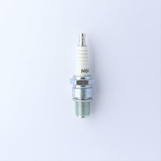 Spark plug for +8 4.6