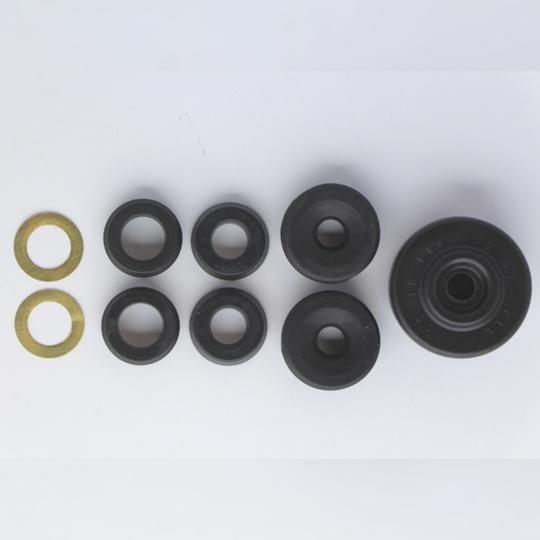 Master cylinder service kit for BRH013