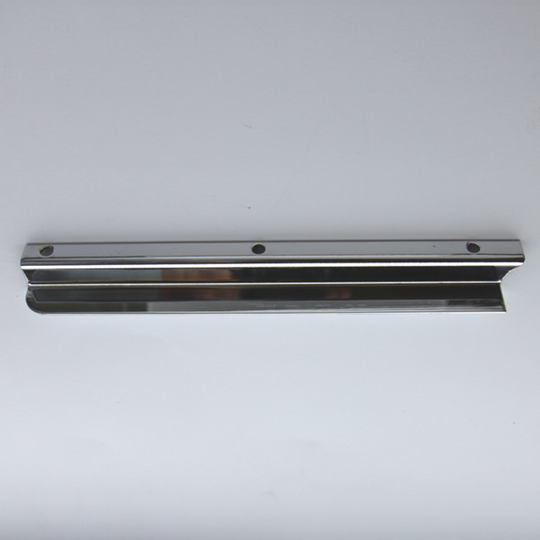 Windscreen draught excluder - chrome rh