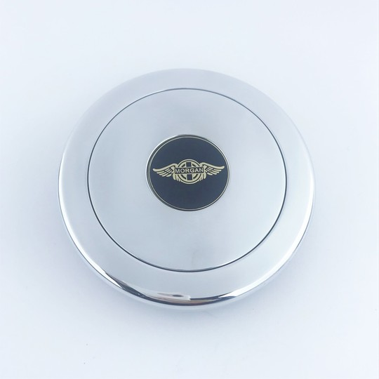 Machined alloy centre cap with centre horn push and enamelled Morgan wings...