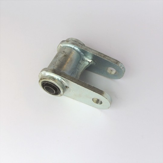 Rear spring shackle with bush