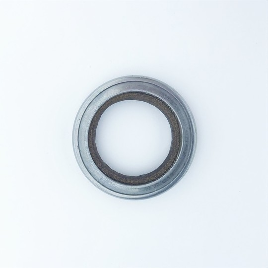 Front hub grease seal +4 1951-60 & 4/4 1946-62