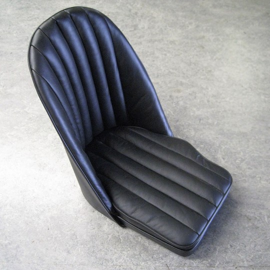 Bucket seat shell with wooden floor state lh or rh - has cut out for Moss...