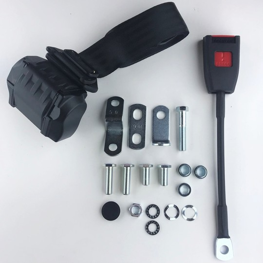 One seat belt kit (inertia reel) front (not for bench seat cars)