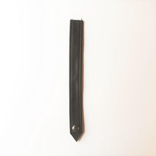 Hood frame strap - black leather