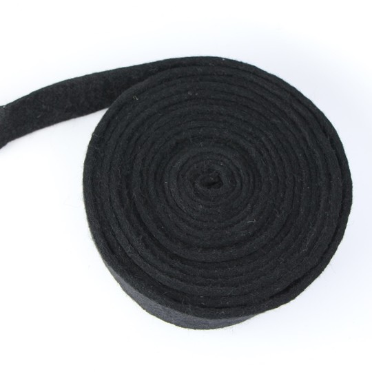 "Black felt (sidescreen channel) 1""x 1/8"""