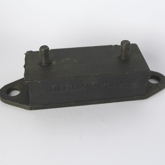 Gearbox mounting +8 4sp Rover, +8 5sp to 1994, +4 Rover M16 & T16 to 1994