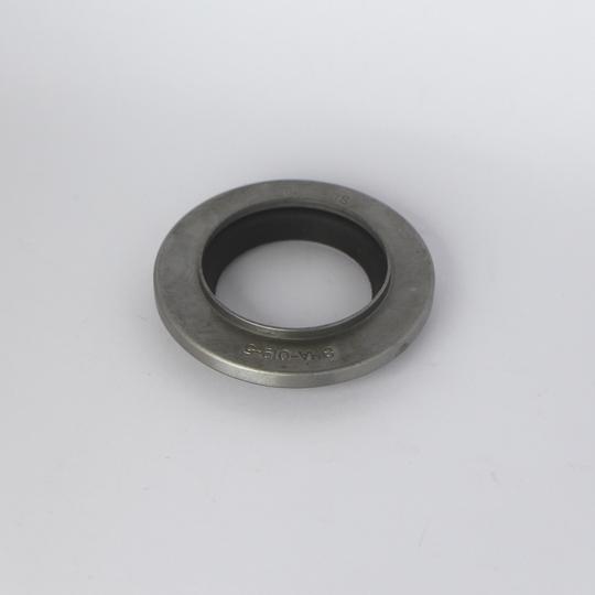 Diff. nose oil seal +8 5sp pre 1983