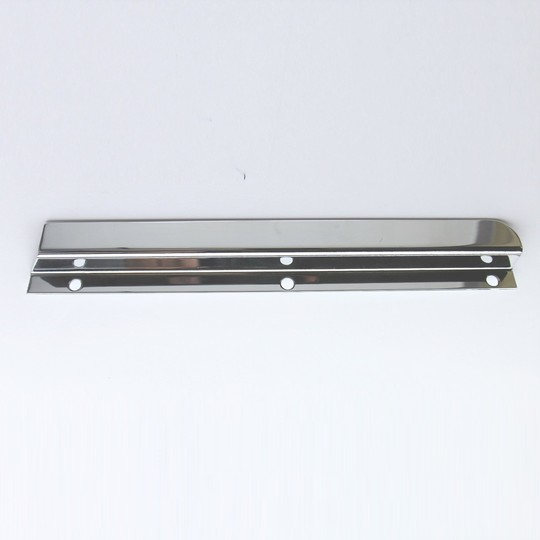 Windscreen draught excluder - chrome left hand