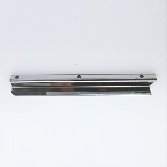 Windscreen draught excluder - chrome right hand