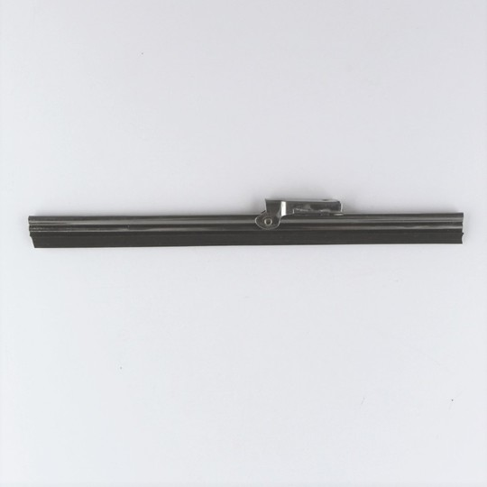 "7"" (18cm) wiper blade for post 1969 cars"